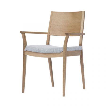 Sketch a chair