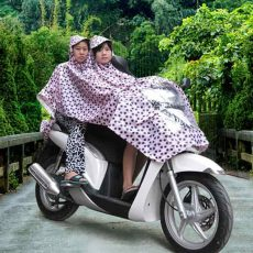 Raincoat singapore