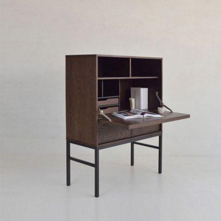 Desktop drawing table