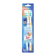 Oral-B Toothbrush Classic Ultra Clean Pack 2'S