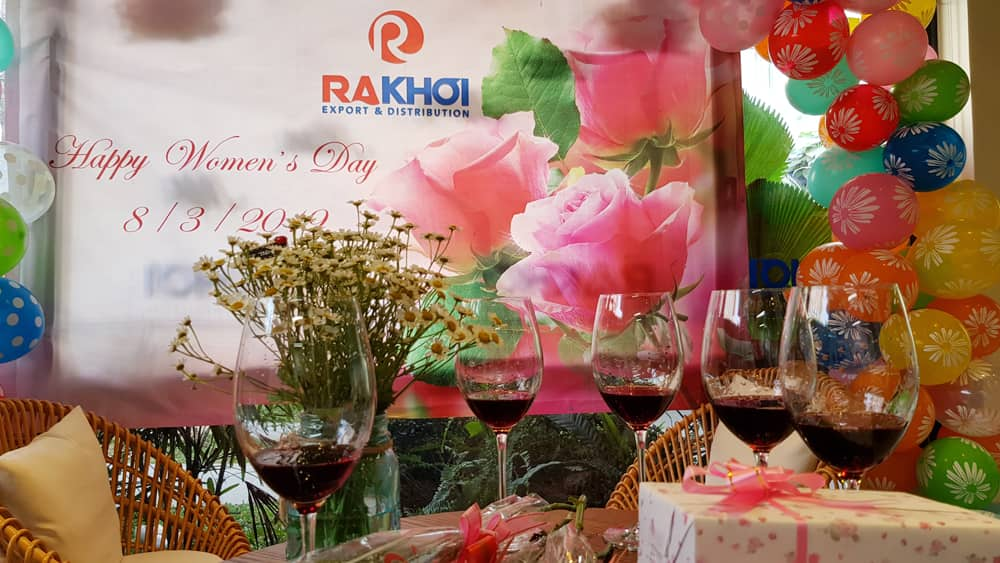 Rakhoi Wholesale celebrate international women's day